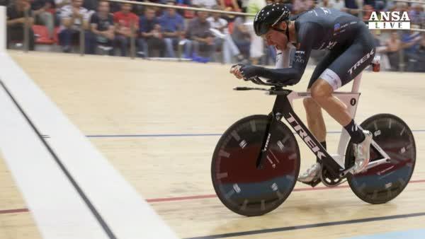 Ciclismo: Brandle nuovo re dell'ora