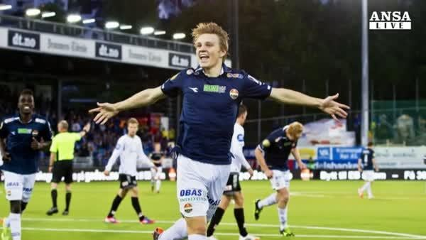 Il baby Odegaard, felicita' Real